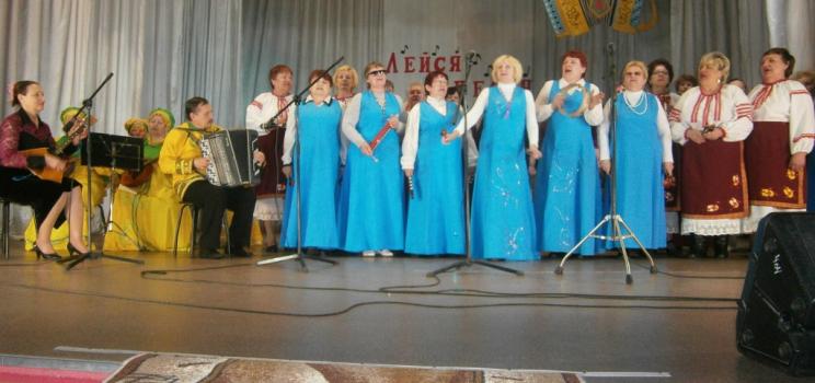 Творческая студия Дзержинской МО ВОИ приняла участие в районном фестивале «Лейся песня»